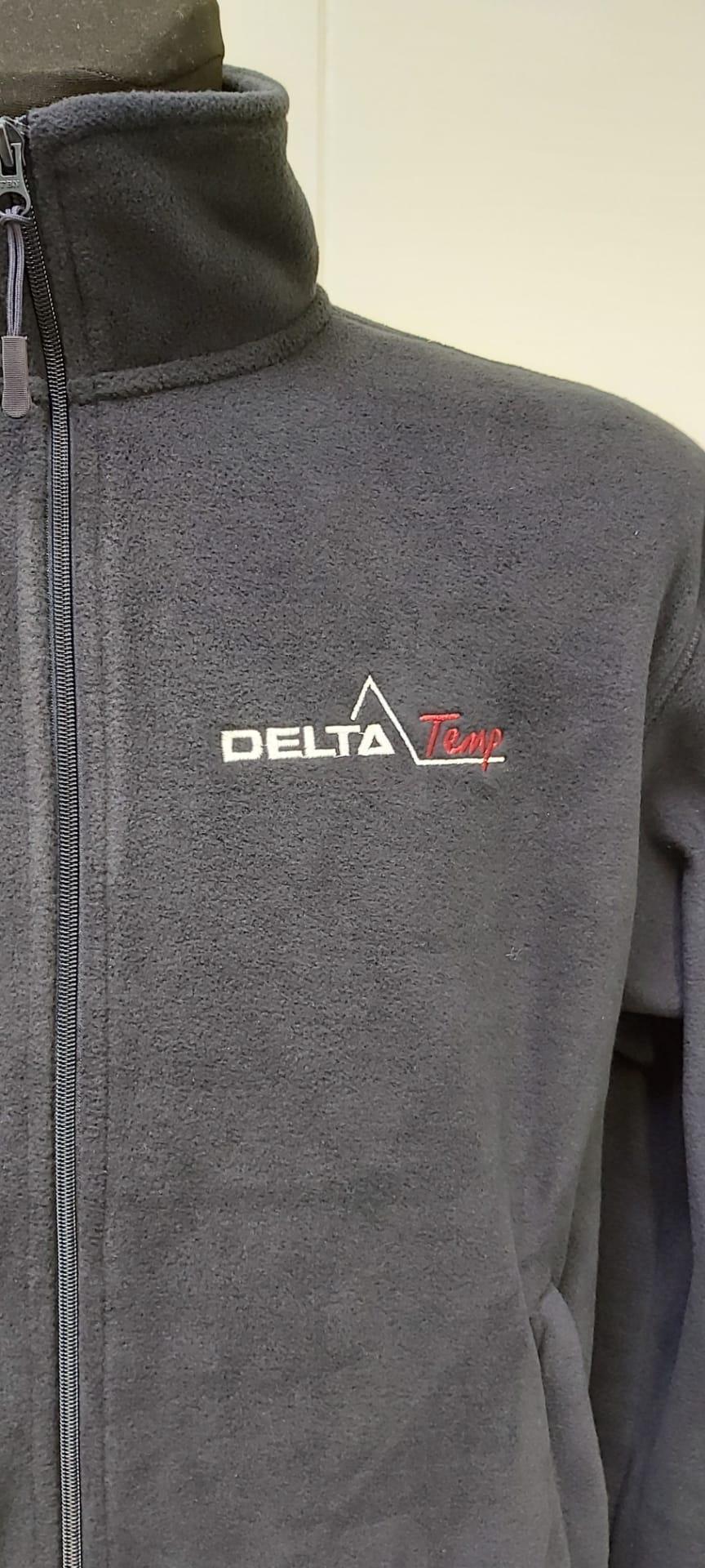 geborduurd logo Delta Temp