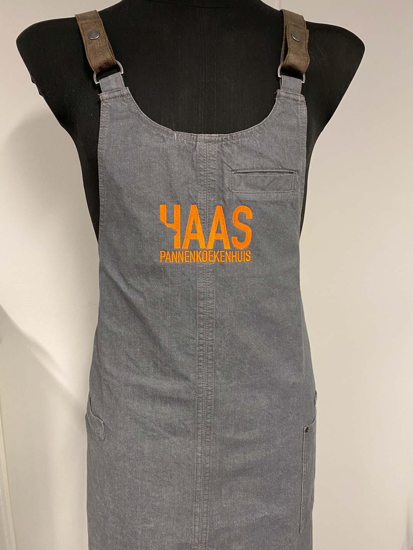 geborduurd logo Haas