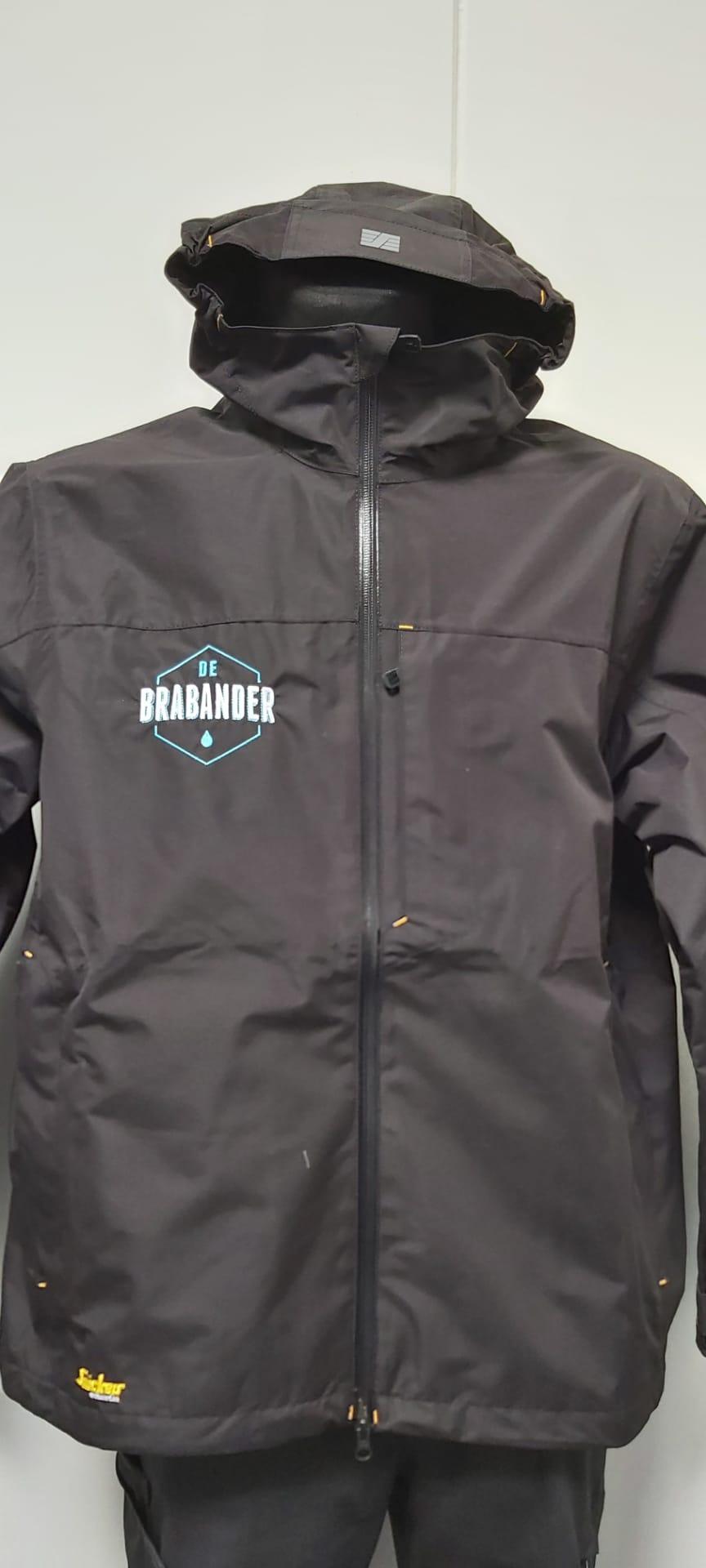 geborduurd logo De Brabander